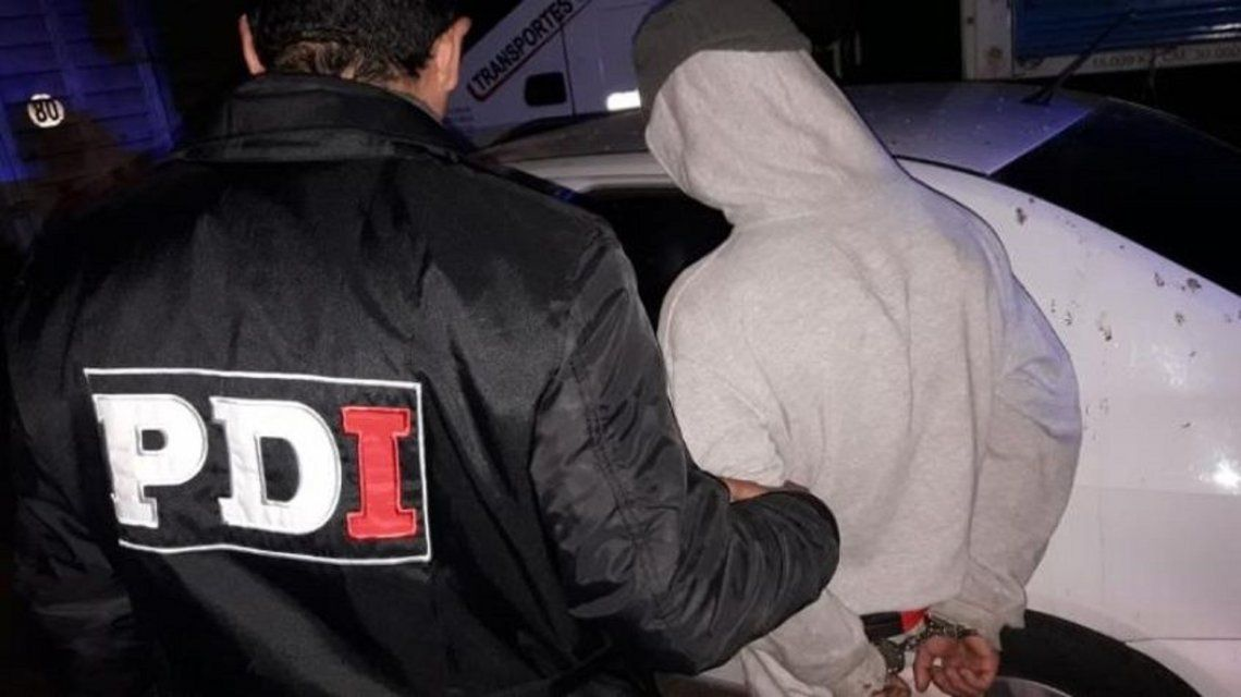 El adolescente fue detenido en un ómnibus en el kilómetro 100 de la autopista a Santa Fe.