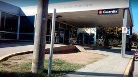 Dos hombres dejaron el cuerpo de una chica de 16 años en la puerta de un hospital