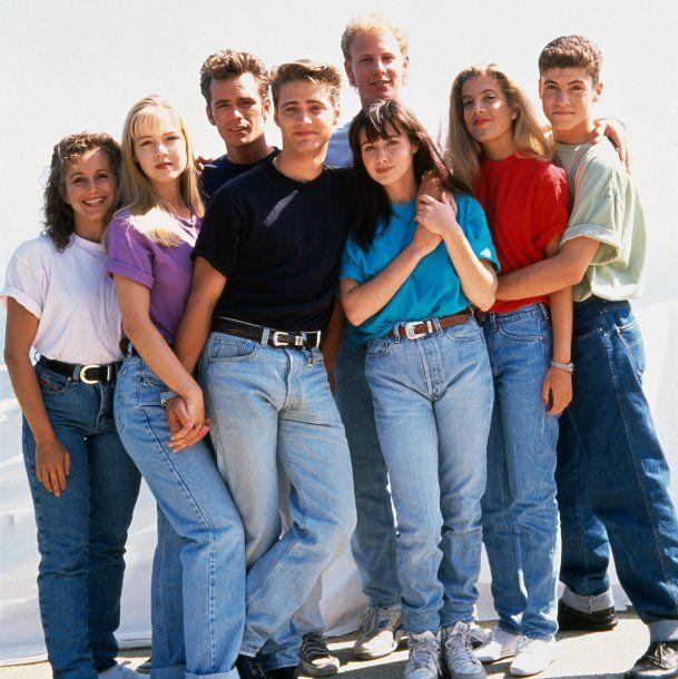 El elenco de Beverly Hills 90210, la serie preferida por los adoelscentes en los