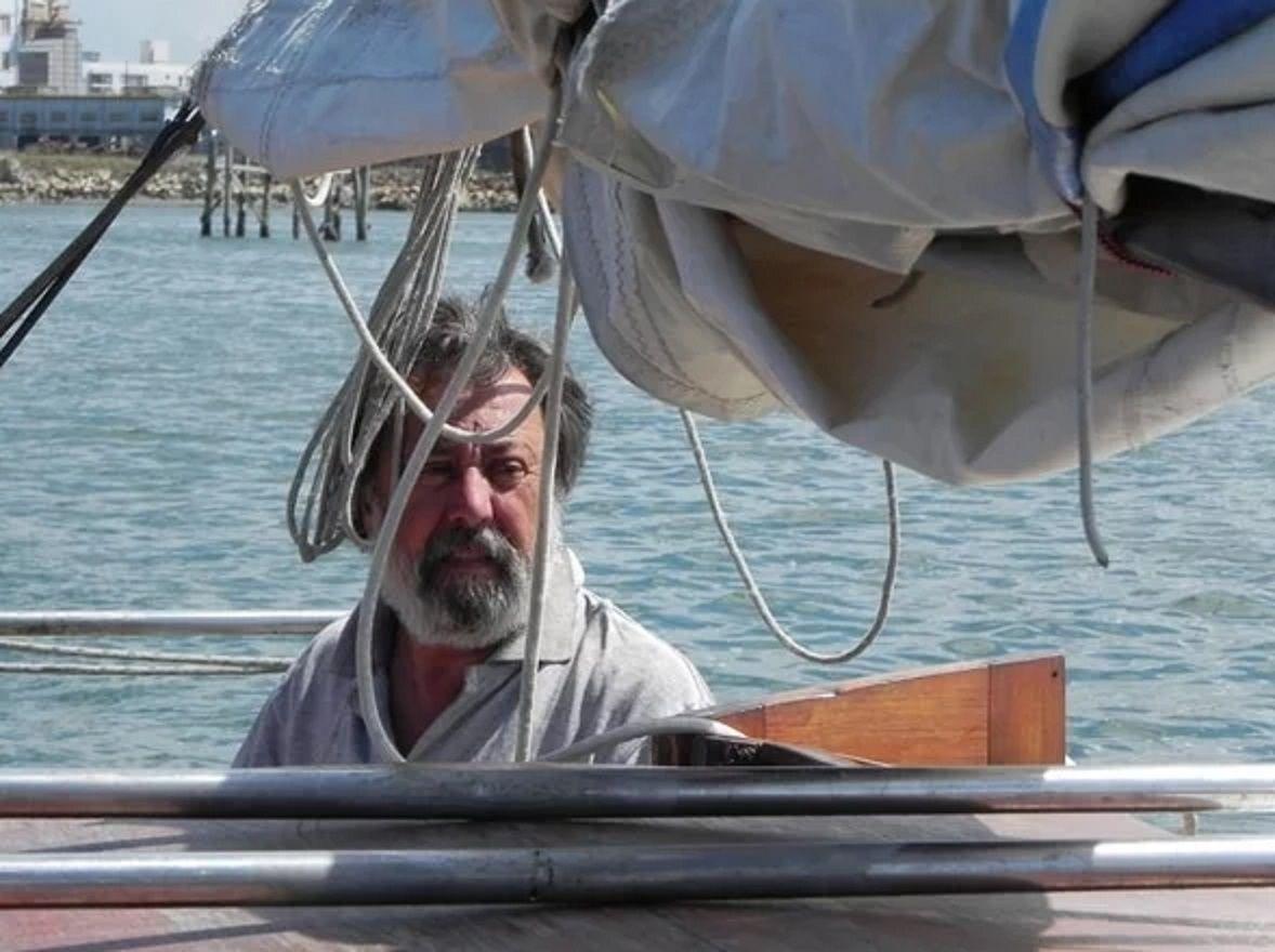 El capitán del velero Horacio Sánchez Fuentes.