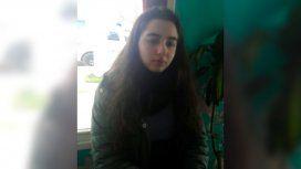 La imagen de Melany en la comisaría al ser encontrada en Pilar.
