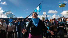 Violenta campaña en contra del aborto en las calles de Neuquén