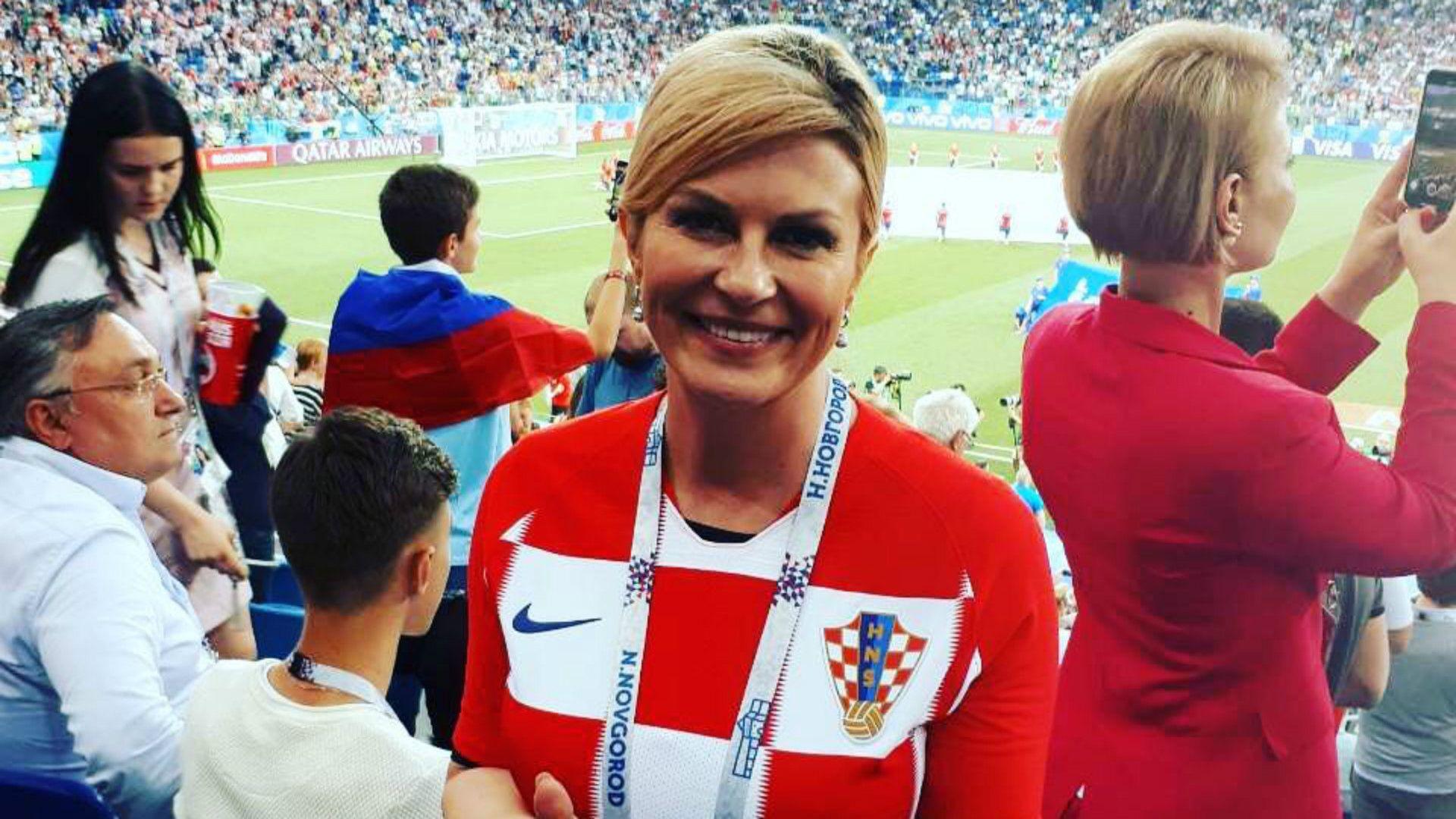 Kolinda Grabar-Kitarovic celebrando con Croacia