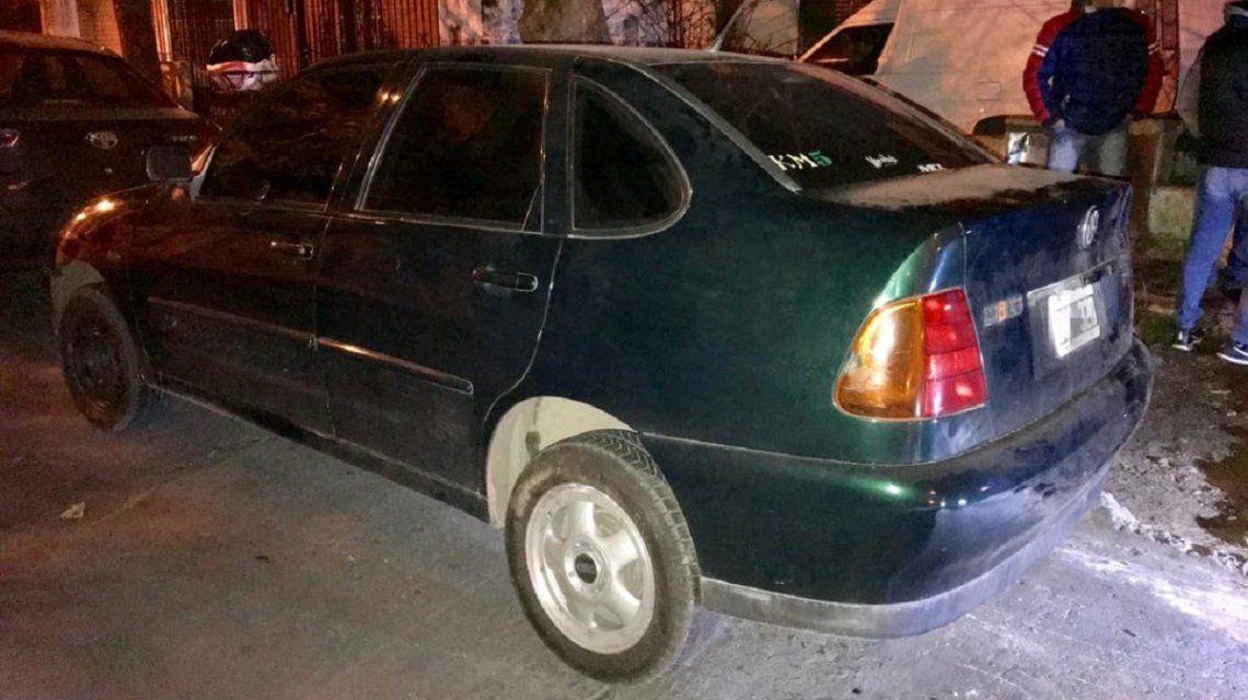 Encontraron abandonado el auto de Pity Álvarez en Ramos Mejía