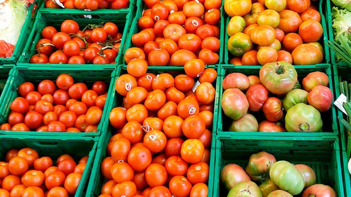 ¿Por qué aumenta el precio del tomate?