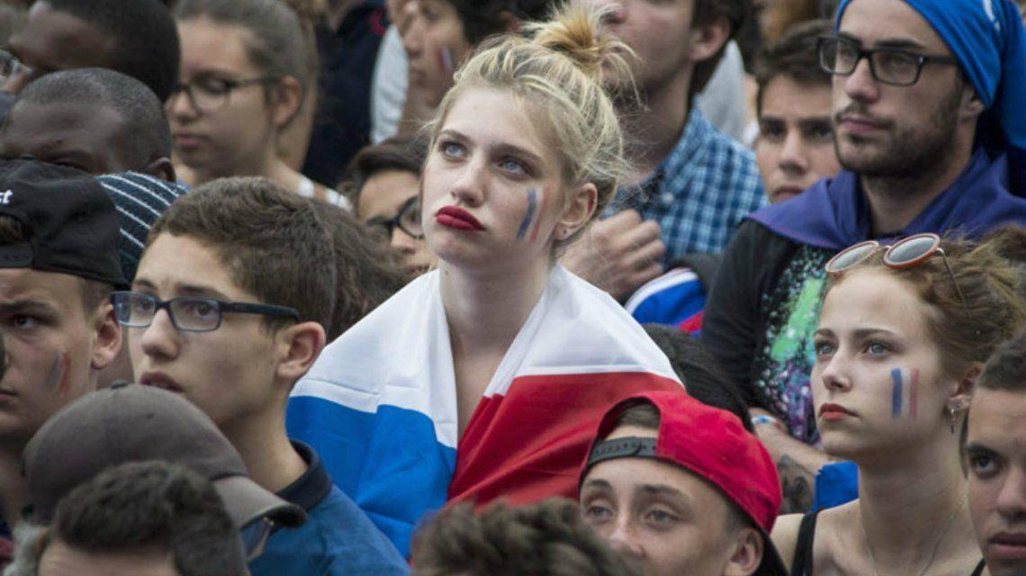 La FIFA pidió que dejen de hacer foco en las fanáticas de la tribuna