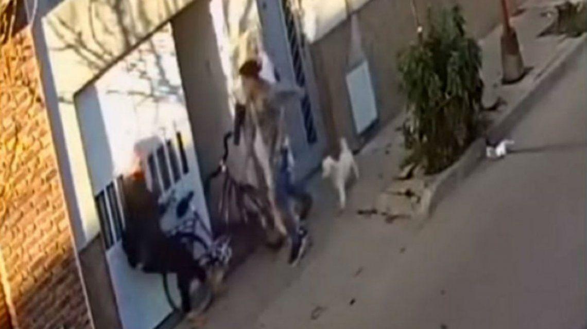 Un grave hecho de violencia de género fue filmado en Concepción del Uruguay y viralizado