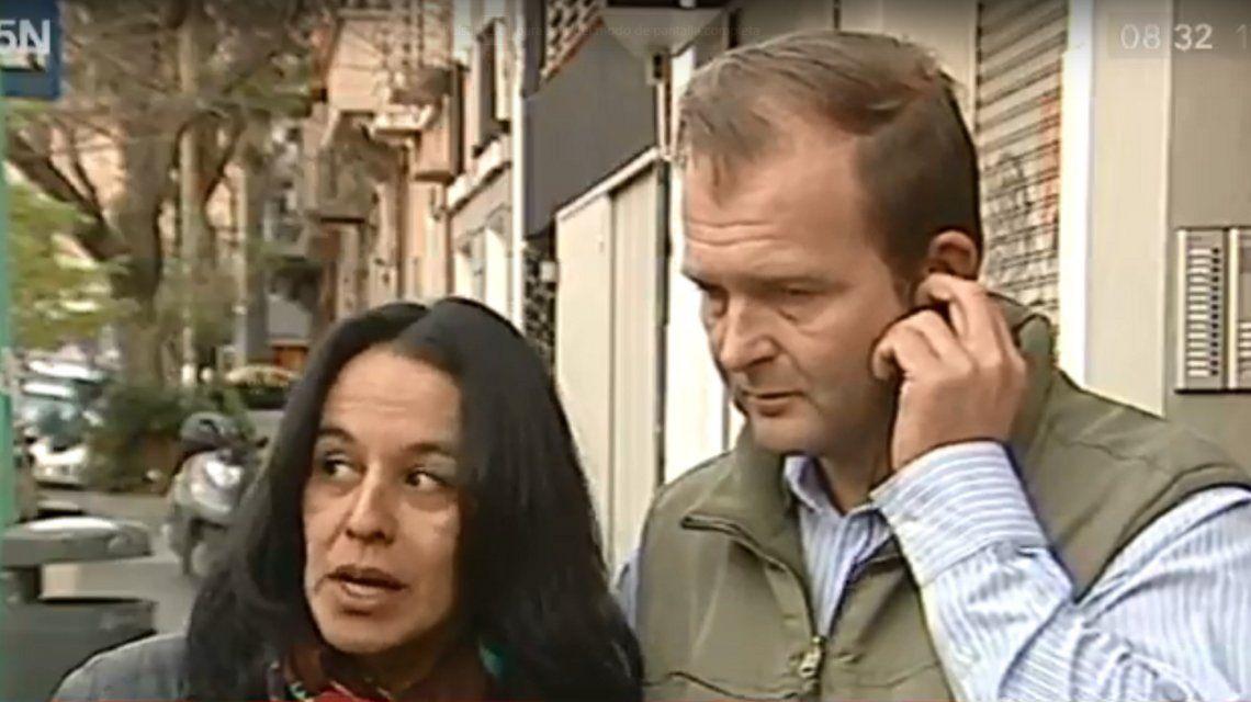 Su hijo apareció muerto en una plaza de Palermo y buscan testigos