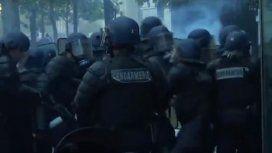 Represión durante los festejos del Mundial en Paris