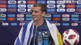 ¿Por qué el mejor jugador de la final del Mundial festejó con la bandera de Uruguay?