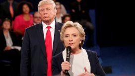 Donald Trump y Hillary Clinton durante uno de los debates previos a la última elección