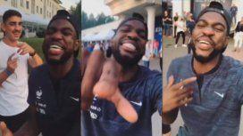 Descontrolado: el video de Umtiti bailando y cantando cumbia para festejar el título