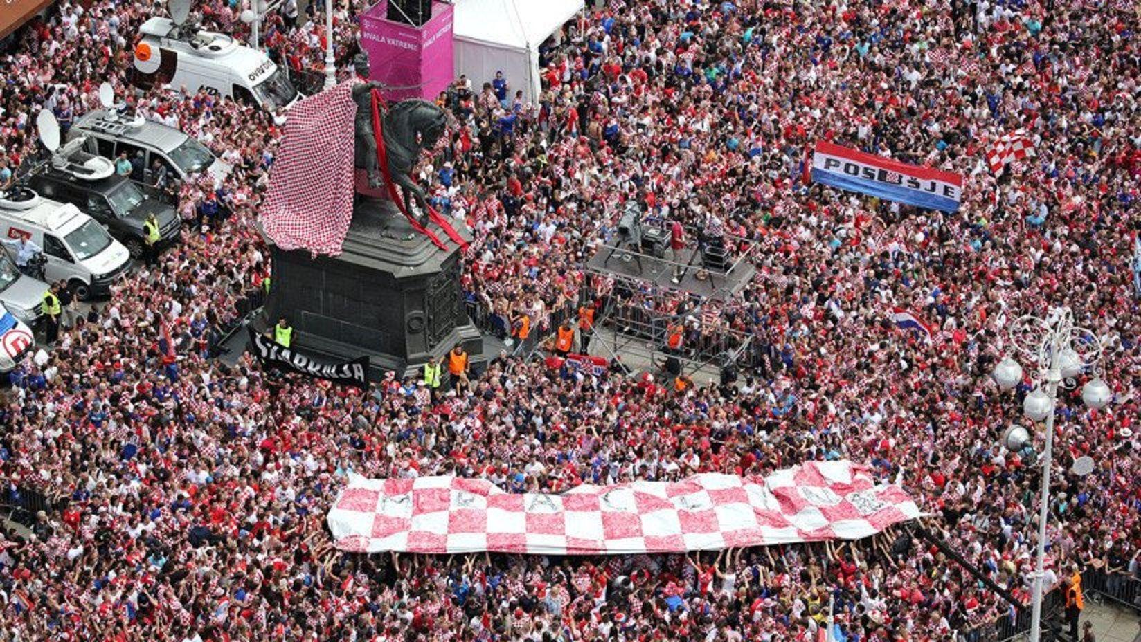 VIDEO: Los hinchas croatas entonaron un clásico de La Mosca para celebrar el subcampeonato
