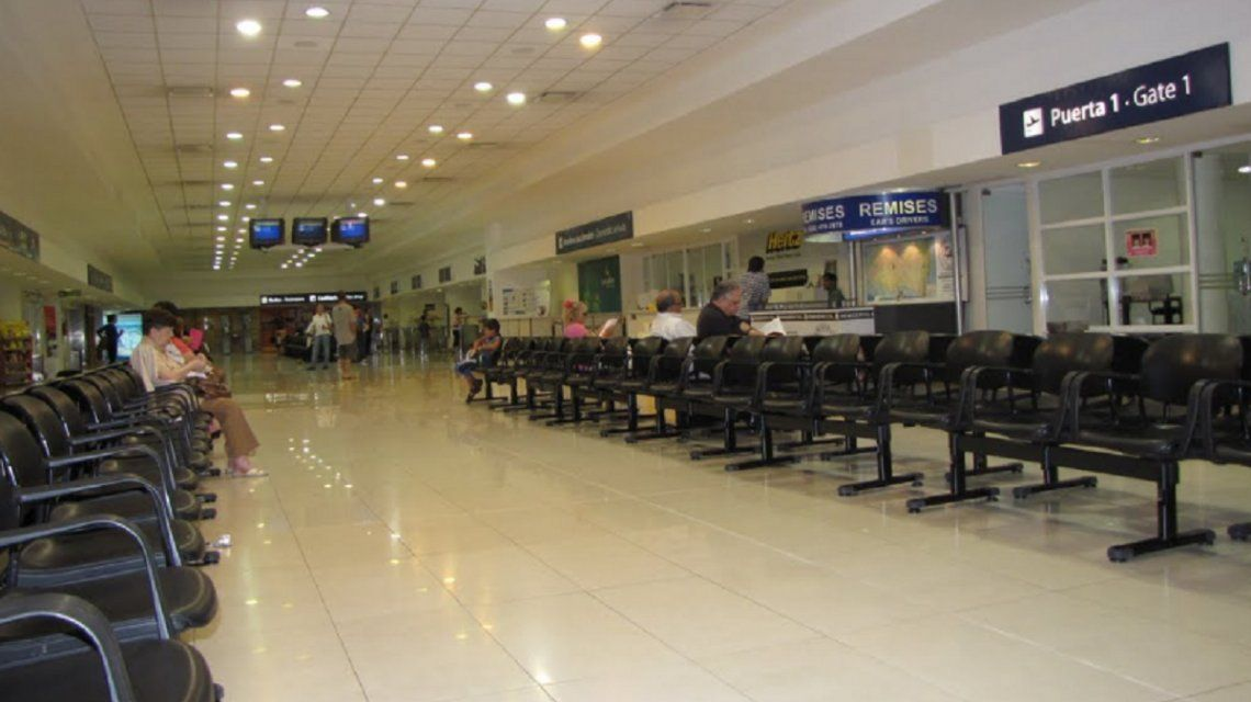 Evacuaron el aeropuerto de Mar del Plata por una supuesta granada en una valija