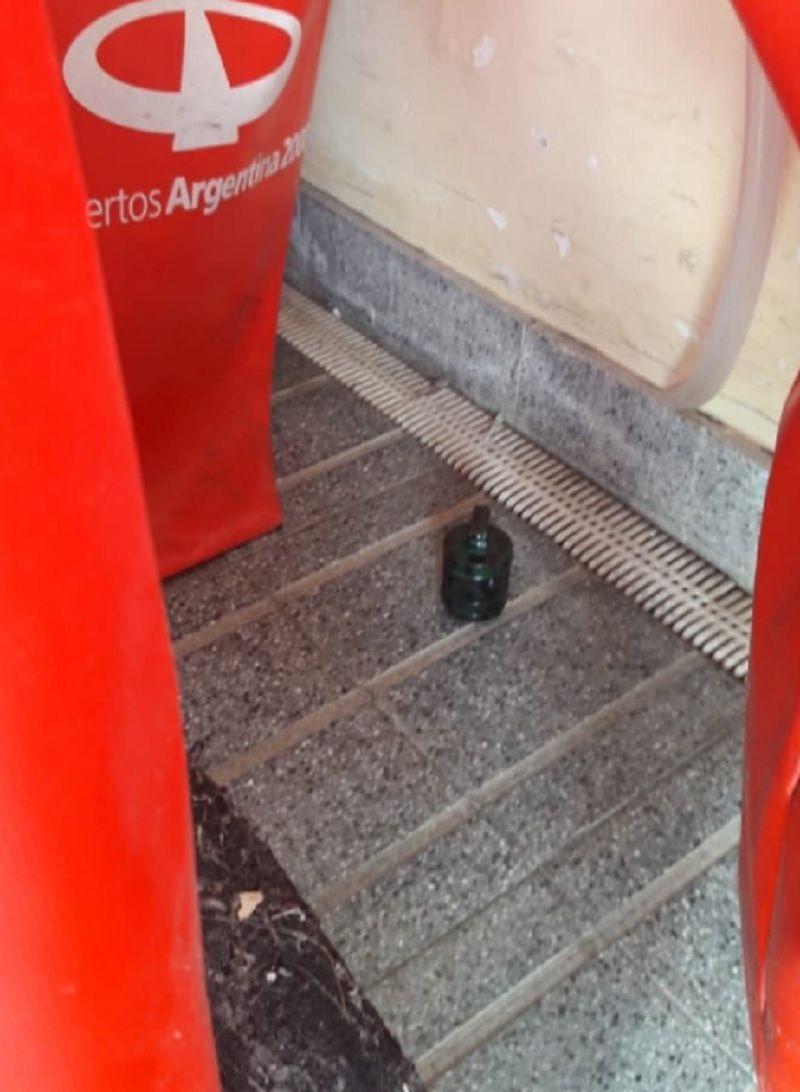 El objeto encontrado por la PSA (foto: @anitamarinomdq)
