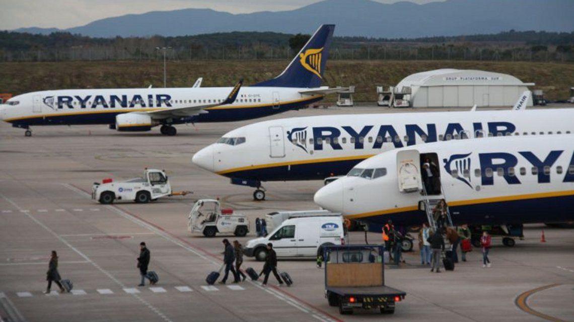 Terror en el aire: un avión perdió la presión de la cabina y tuvo que aterrizar de emergencia