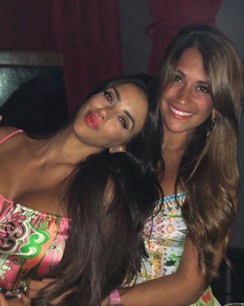 Antonela Roccuzzo y Daniella Semaan