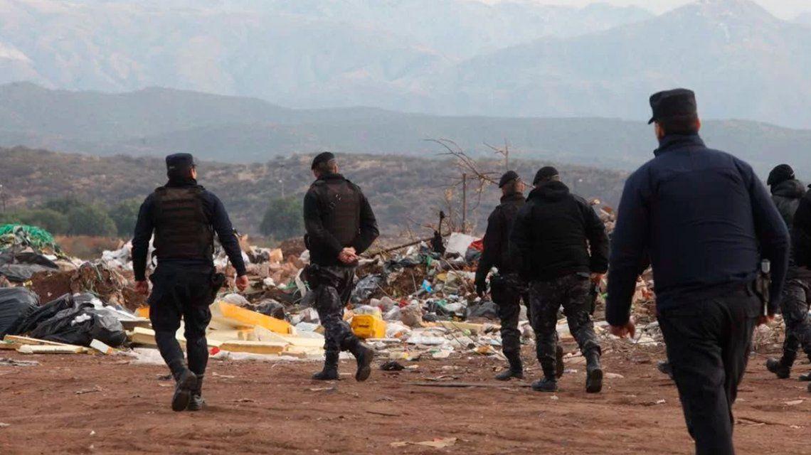 Buscan a un empresario desaparecido en Mendoza: encontraron su auto quemado