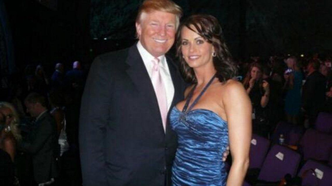 Escándalo: graban a Donald Trump discutiendo el pago a una ex modelo de Playboy