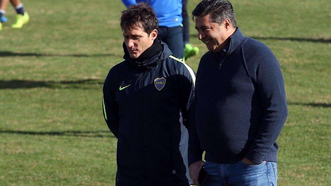 Angelici y Guillermo Barros Schelotto