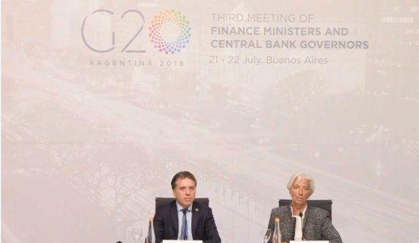 <p> Nicolás Dujovne y la directora ejecutiva del Fondo Monetario Internacional, Christine Lagarde</p>