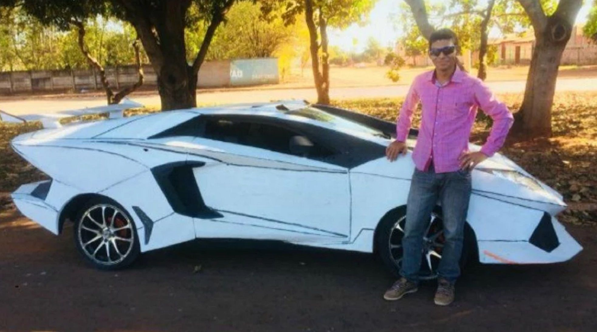 Lamborguno: transformó a su Fiat Uno en un Lamborghini