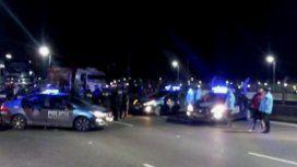 Camioneros cortan el tránsito en Lugones y Dorrego y en la autopista Illia