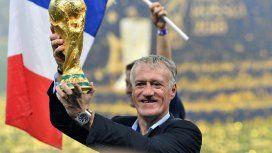 Deschamps, flamante campeón del mundo, uno de los candidatos