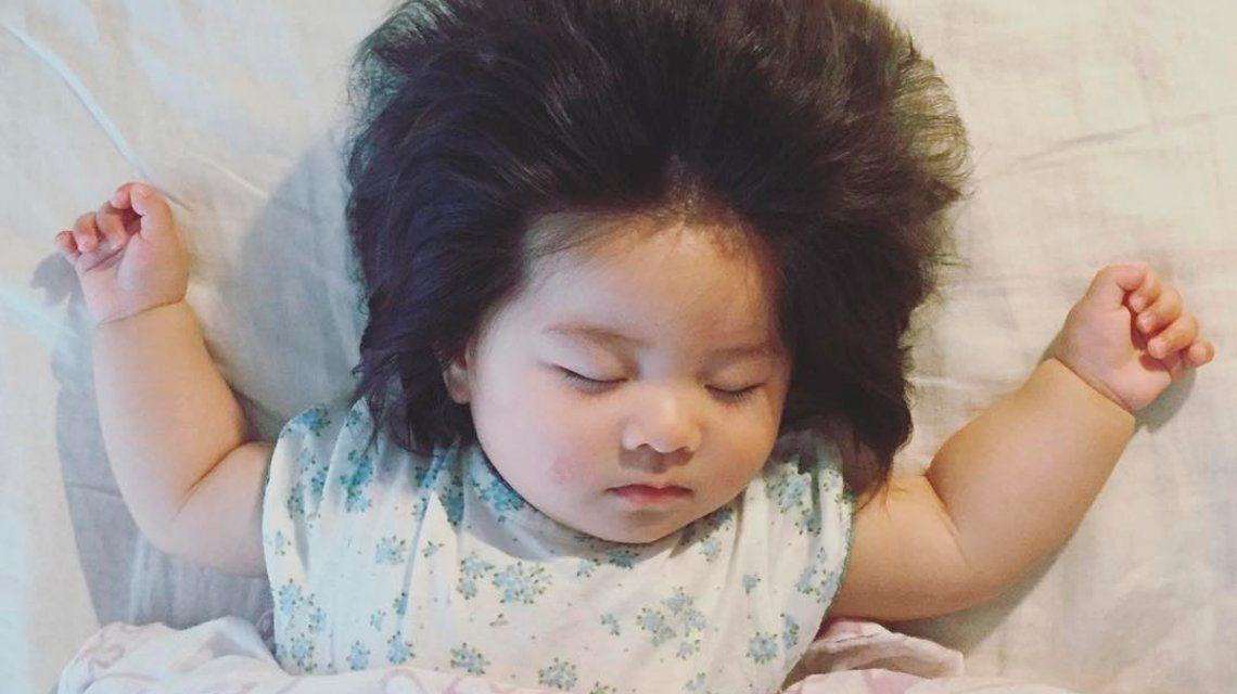 Te vas a enamorar: esta beba y su pelo de león son el nuevo furor de Instagram