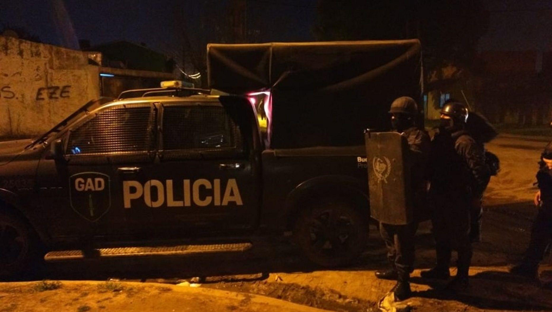 Horror en Quilmes: un bebe de 4 meses murió tras ser abusado y quemado por sus padres