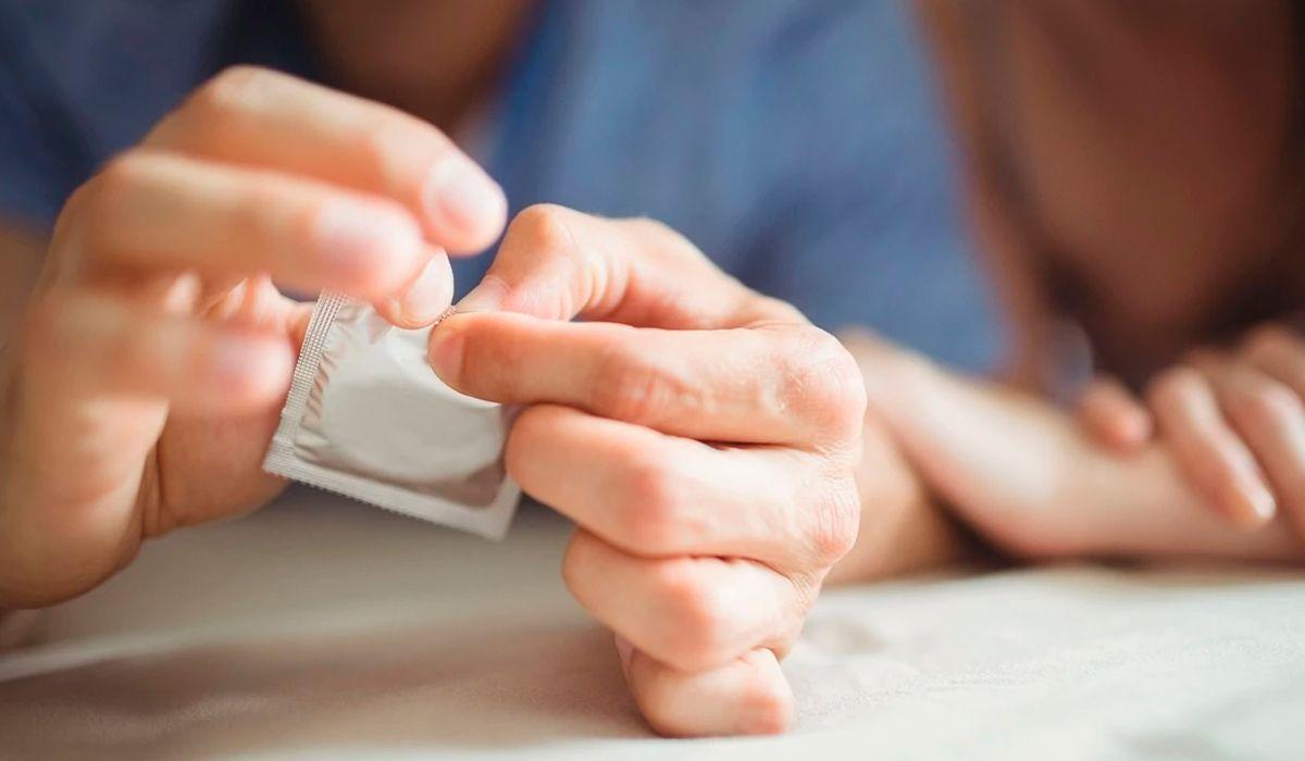 El Ministerio de Salud criticó las declaraciones de Albino en el Senado sobre el uso del preservativo