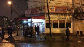 El supermercado chino está en Curapaligüe y Della Rosa