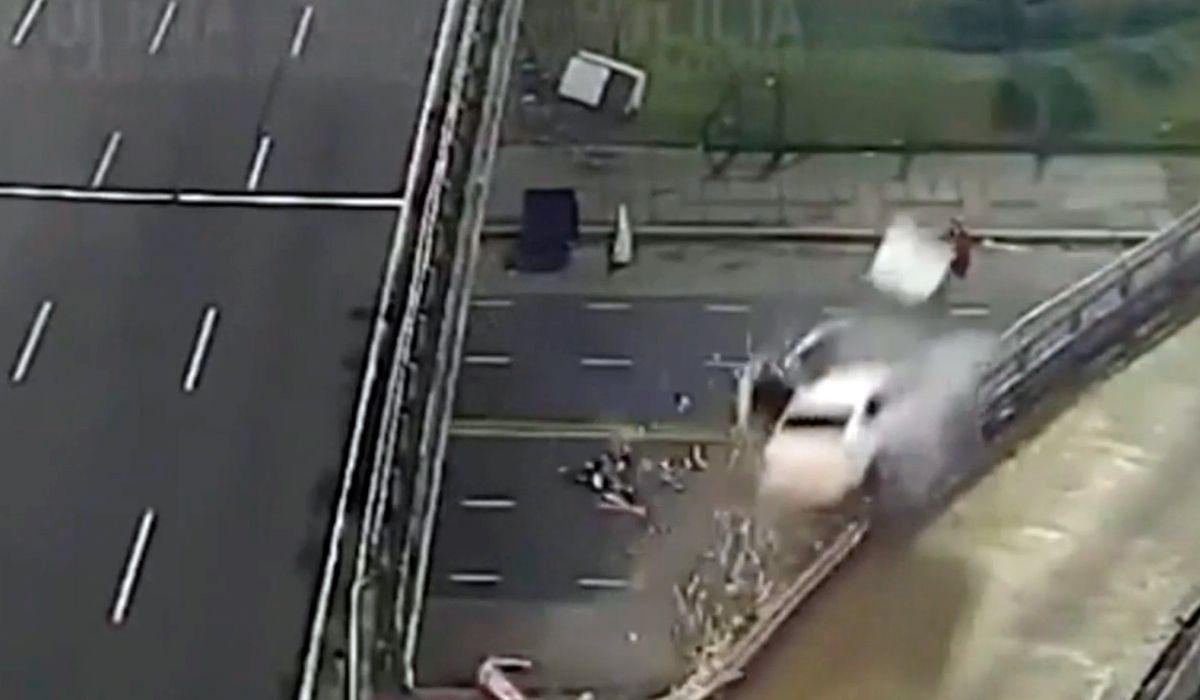 Creen que quiso quitarse la vida el conductor del auto que cayó desde la General Paz