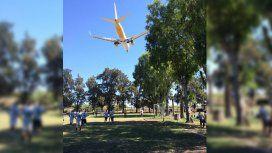 Por fotos como ésta, pidieron clausurar El Palomar y suspender los vuelos de Flybondi