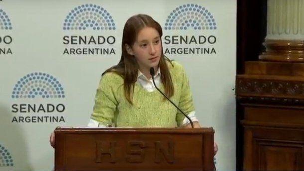 Milagros Peñalba, de 16 años, niveló la balanza de los senadores salteños