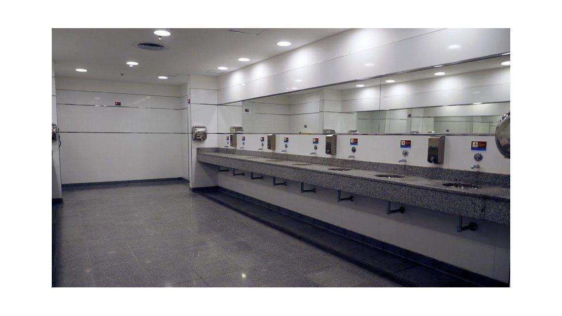 Para usar los baños de Constitución vas a tener que pasar la SUBE