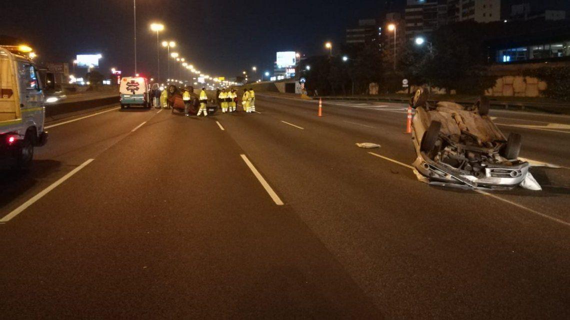 Ambulancias de Autopistas del Sol retiraron los vehículos rápidamente