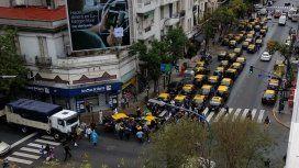 Los taxistas vuelven a protestar en el Obelisco en contra de Uber y Cabify