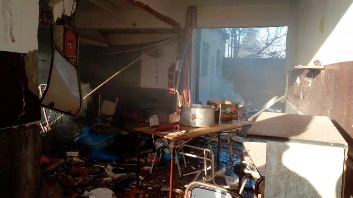 Se cumple un mes de la trágica explosión de la escuela de Moreno y sigue la falta de controles