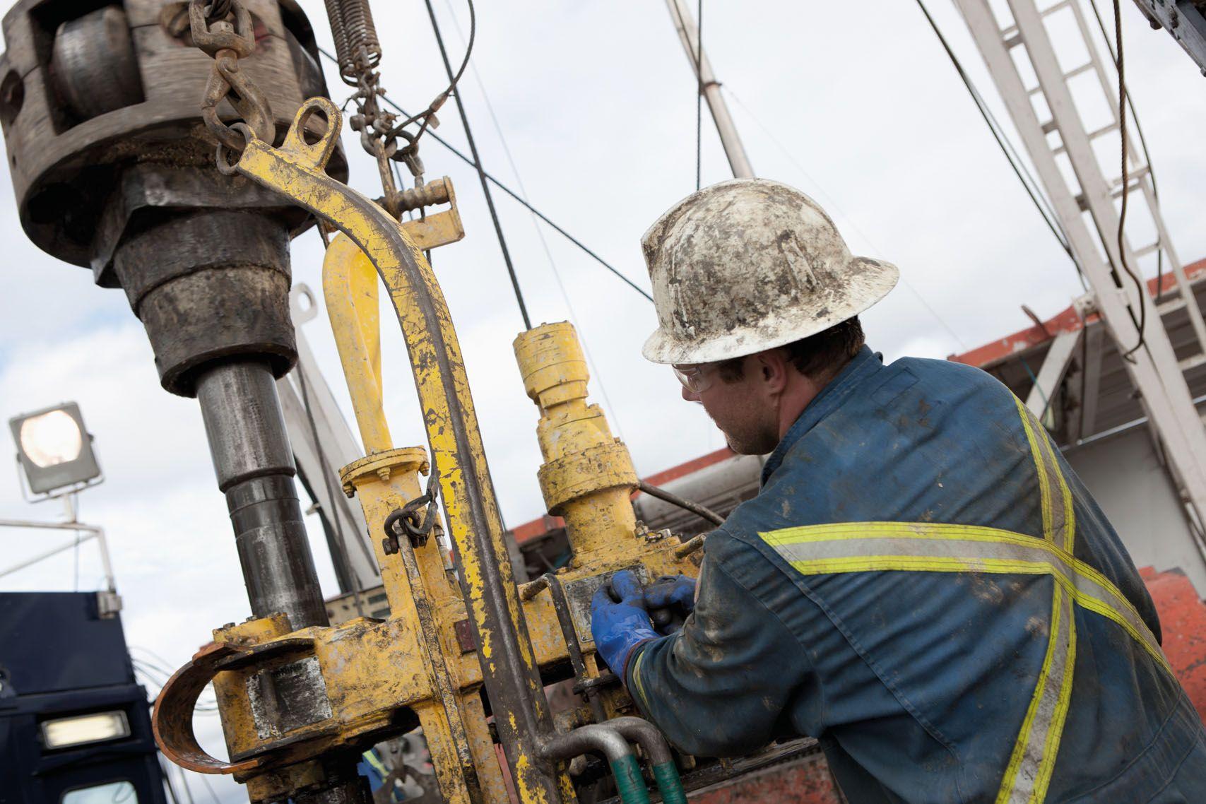 La economía sigue desplomándose: la industria se hundió un 8,1% en junio