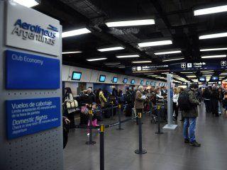 no habra vuelos por el paro general: 60 mil pasajeros se veran afectados
