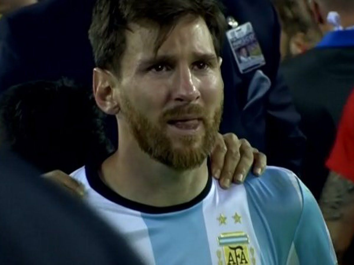Messi llorando en la Copa América