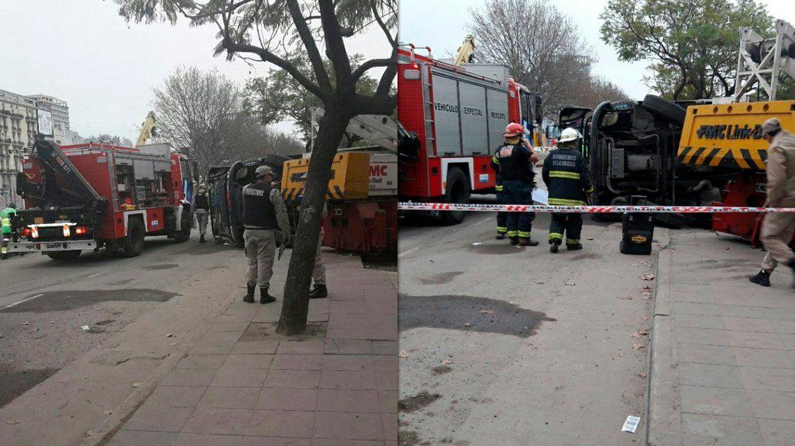 Accidente entre un camión y una grúa en Puerto Madero: hay al menos un muerto