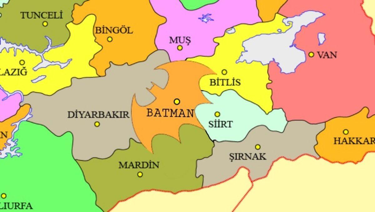 Quieren cambiar la frontera de la provincia de Batman para que se vea como el logo del Caballero de la Noche