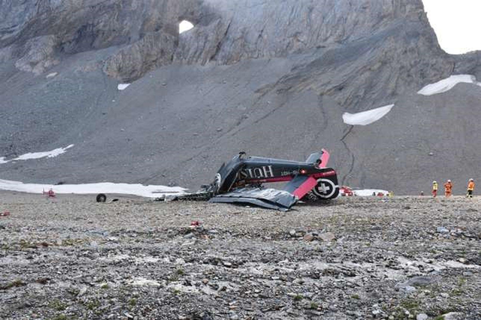 Los restos de la aeronave operado por JU-AIR
