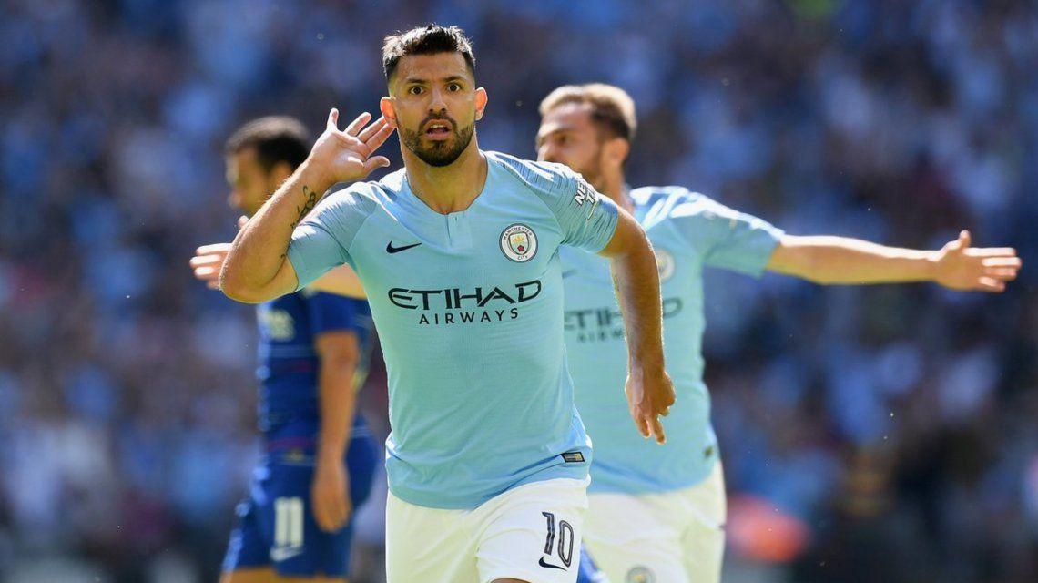 El Kun Agüero hizo doblete y llegó a los 200 goles en el Manchester City