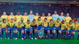 Selección de Brasil campeona en el Mundial 2002 - Crédito:@CBF_Futebol