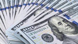 El dólar baja 13 centavos en otro supermartes de Lebacs