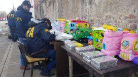 Detuvieron a la banda de narcos los juguetes rabiosos: ocultaban la droga en muñecos