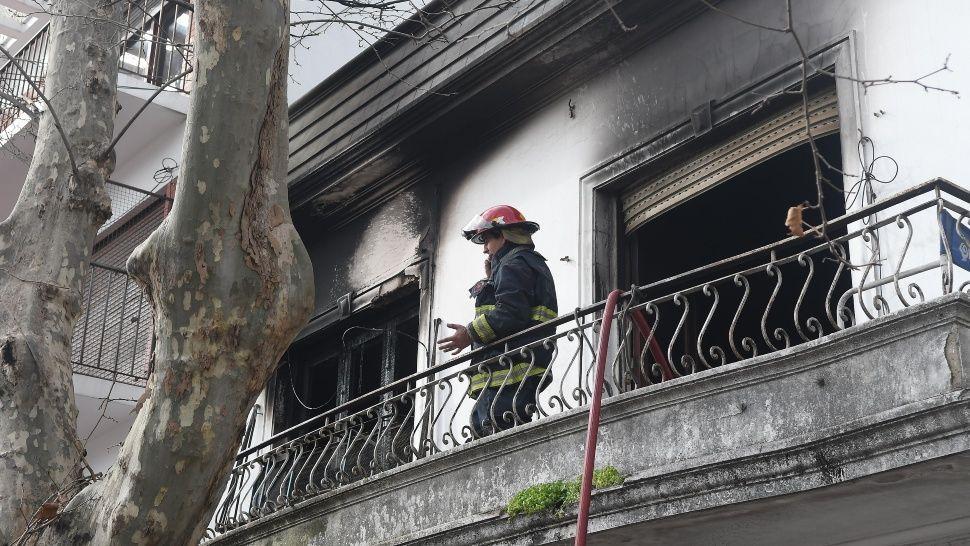 Se incendió una casa en Villa Devoto: hay una mujer muerta